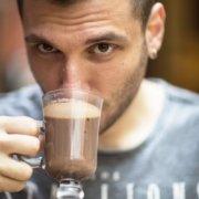heiße Schokolade kann es auch in sich haben - mit Terpentin Haselnusslikör